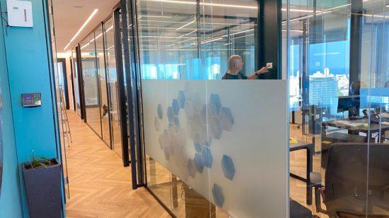 עבודות גמר שיפוץ משרדים